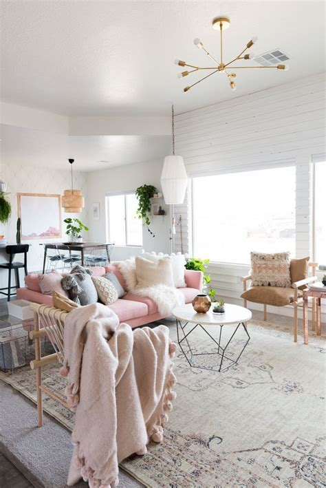 Pink Living Room Interior Design Furniture Decor Ideas by 25 Best Ideas About Pink Sofa On Blush Grey