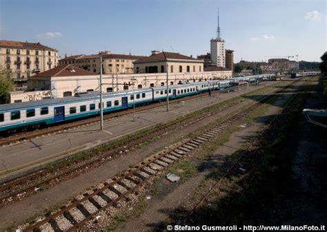 stazione di porta genova milanofoto archivio immagini di gt 20110911