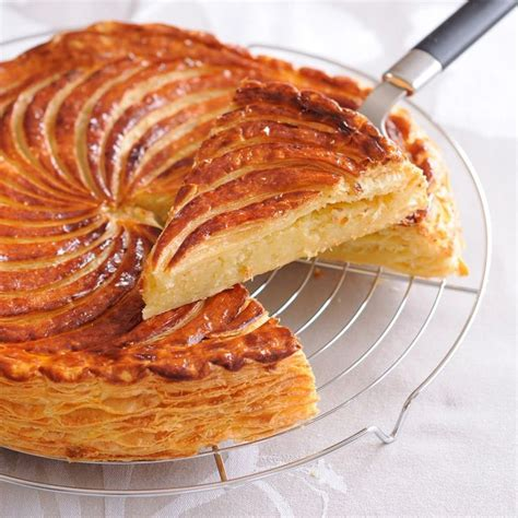decor galette des rois epiphany a slice of king s cake discover magazine the beaten path