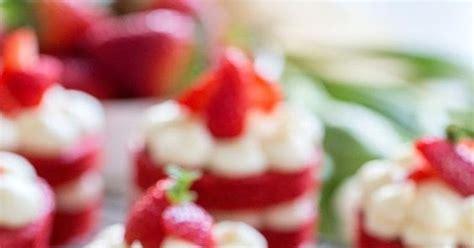 weekends   kitchen mini red velvet cakes  english