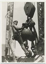 The Workers On Empire State Building