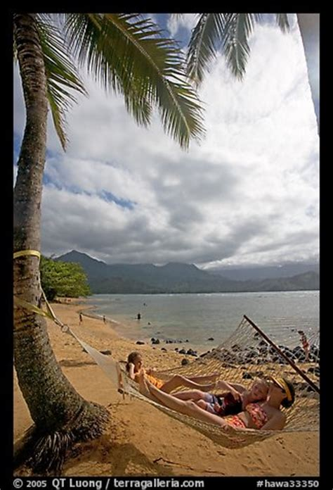 Hammock Poa picture photo family on hammock puu poa kauai