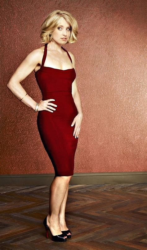 hot pictures  allison mack extremely cute