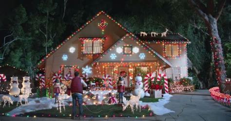hyundai holidays ad rips  classic christmas vacation