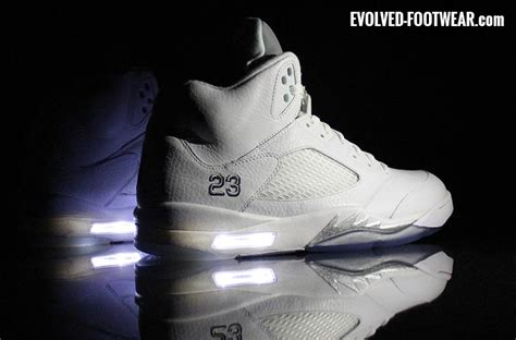 nike jordan light up evolved footwear custom light up shoes blog evolved