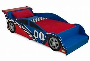 Lit Voiture Garcon : jouets garages en bois et petites voitures apesanteur ~ Melissatoandfro.com Idées de Décoration