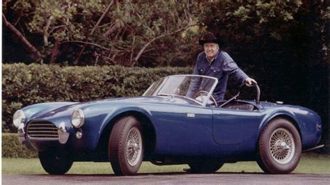 Carroll shelby designed a part of the chassis with a completely new body to fit the 427 into her cobra. Classic 1965 Shelby Cobra 427 vs Ferrari 458 Italia video
