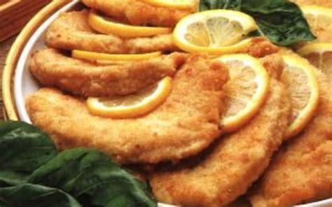 cuisiner une escalope de dinde recette escalopes de dinde panées économique et simple