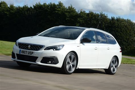 New Peugeot 308 by New Peugeot 308 Sw 2017 Facelift Review Auto Express