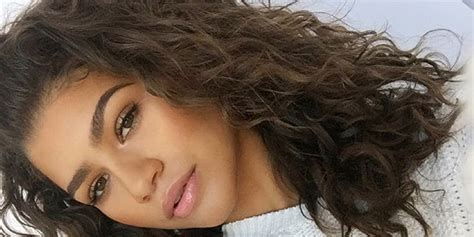 zendaya reveals     insecure   curly hair