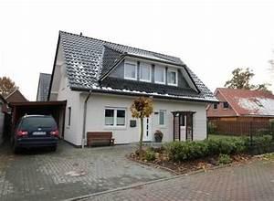 Haus Mit Gaube : satteldachhaus mit gaube weiss verputzt anthrazit dach ~ Watch28wear.com Haus und Dekorationen