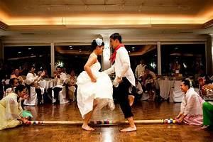 Wedding Traditions Around the World - Easyday