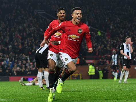 Manchester United vs Wolves predicted line-ups: Team news ...