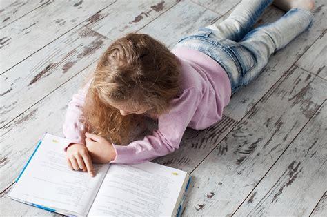Lasīsim kopā! Padomi vecākiem, kuriem ir bērni ar runas un valodas traucējumiem