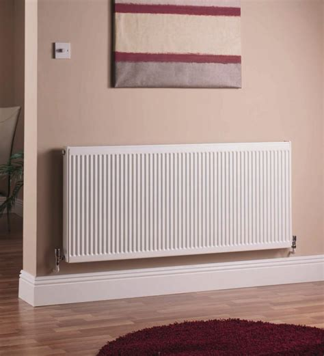 quinn double panel radiator   mm qkd