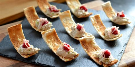 canape s smoked mackerel pâté canapé recipe great chefs