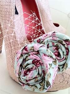Pimp Your Locker : 24 best pimp your shoes images on pinterest craft ideas craft and creative ideas ~ Eleganceandgraceweddings.com Haus und Dekorationen