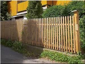 Paletten Geschliffen Kaufen : fertig montierte zaunelemente aus 3 x 3 cm staketten gehobelt genagelt oder geschraubt 4 cm ~ Heinz-duthel.com Haus und Dekorationen