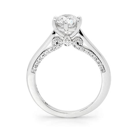 popular styles of engagement rings halifax england direct
