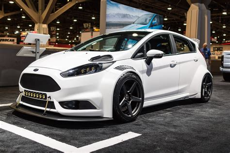 distinct custom body kit  white ford fiesta caridcom gallery