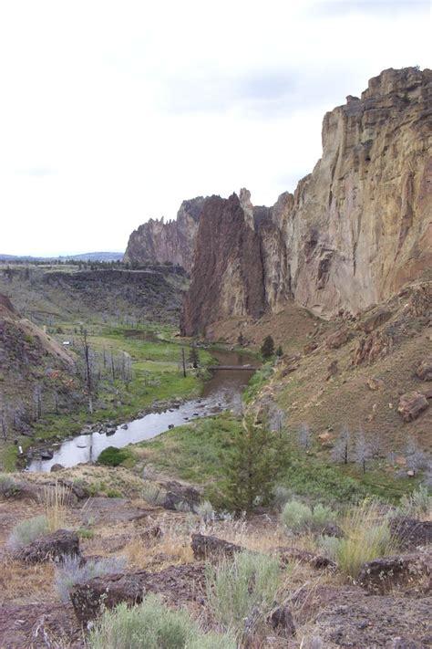 smith rock in redmond oregon bend oregon