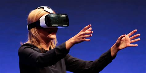 Samsung Gear Vr Headset Selling Out Online  Business Insider