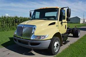International 4300  2005    Flatbeds  U0026 Rollbacks