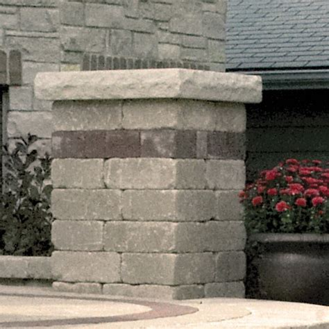 unilock pillars brussels dimensional sandstone pillar with il co 174 accent