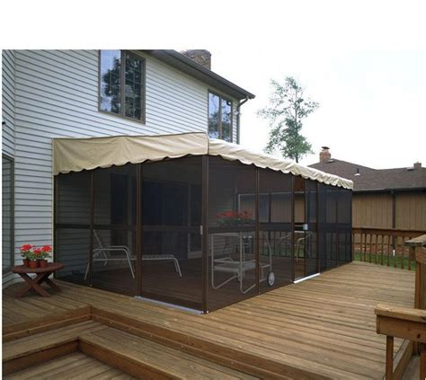 Backyard Screen Enclosures by 17 Best Ideas About Patio Enclosures On
