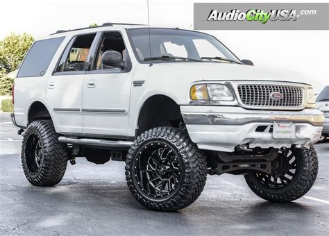 Ford Expedition Road by 17 Best Ideas About Ford Expedition On Ford