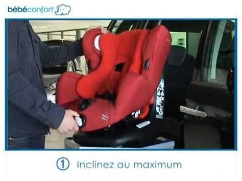 installer un siege auto bebe confort installation dos à la route du siège auto groupe 1 neo de