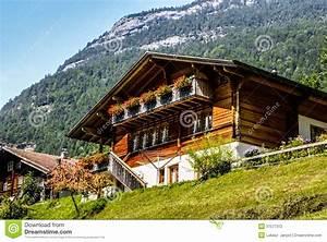 Haustüren Für Alte Häuser : evolene alte h user in der schweiz stockfotografie bild ~ Michelbontemps.com Haus und Dekorationen
