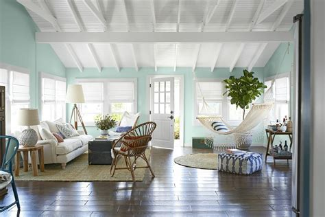Beach Home Decor Ideas: Country Living House Of The Year 2013: A Breezy Point