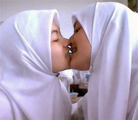 Koleksi Terbaik Foto Hijabers Sex Terbaru Openmidnight | CLOUDY ...
