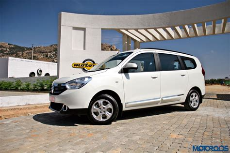 renault lodgy modified renault lodgy 85 ps variants get a massive price cut
