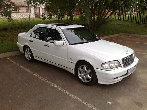 2000 Mercedes C230 Kompressor by Resetting Service Indicator And Change 2000 C230