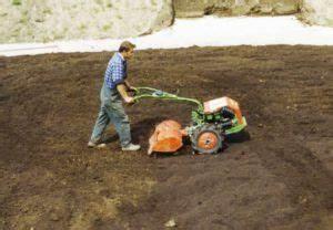 Kompost Und Erden : komposte im garten und landschaftsbau humuswerk main spessart ~ A.2002-acura-tl-radio.info Haus und Dekorationen