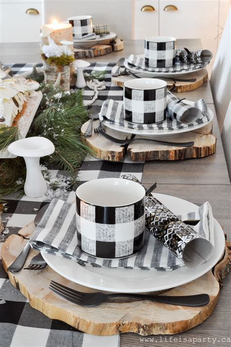 Weihnachtliche Tischdeko Holz by Rustic Black And White Table Wood Chargers A