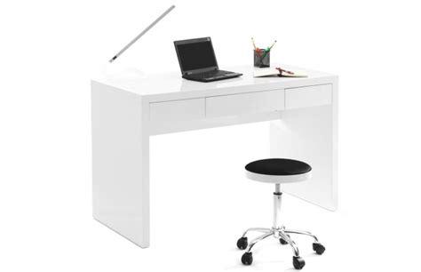 bureau blanc laqué pas cher bureaux miliboo bureau design blanc laqué lacy ventes