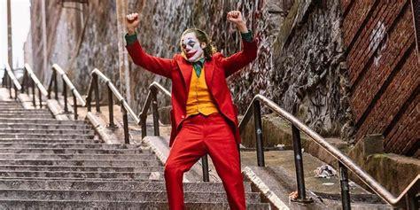 10 Worst Things The Joaquin Phoenix Joker Has Done to Make ...