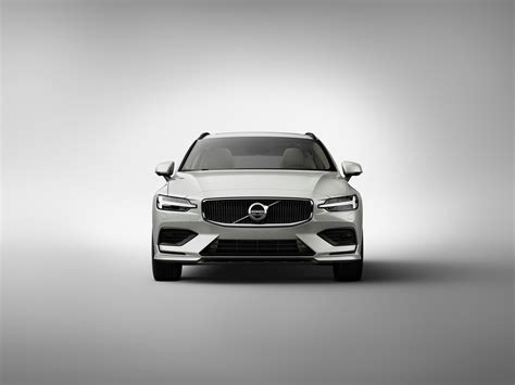 Volvo V40 Cross Country 4k Wallpapers by Volvo Reveals Slick 2019 V60 Wagon In Stockholm S60 And