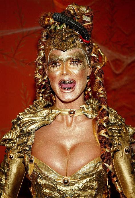 Heidi Klum The Best Celebrity Halloween Makeup Looks Of