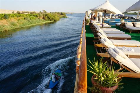 Small Boat River Cruises by Nile Cruise Small Boats Sailing The Nile Between Luxor And