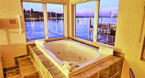 seattle tub suites hotels with in room whirlpool tubs
