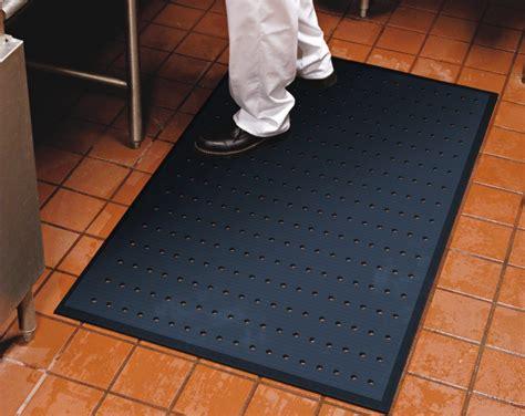 restaurant kitchen rubber floor mats m a matting 7773