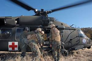File:US Navy 071211-N-9623R-003 Seabees from Naval Mobile ...