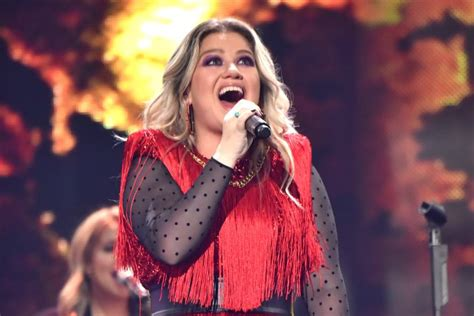 Kelly Clarkson Sings 'Never Enough' From Upcoming 'The ...