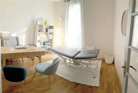 decoration dun cabinet medical ou le bureau dun medecin
