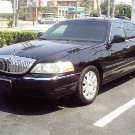 Town Car Limousine Service by Lincoln Town Car Service Ballantyne Limo Car Service