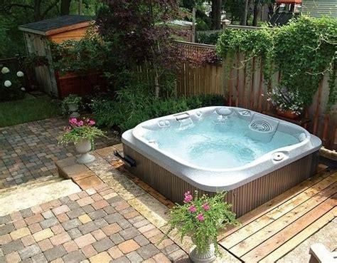 einbau whirlpool outdoor whirlpool f 252 r au 223 en garten halb einbau outdoor lounge outdoor lounge